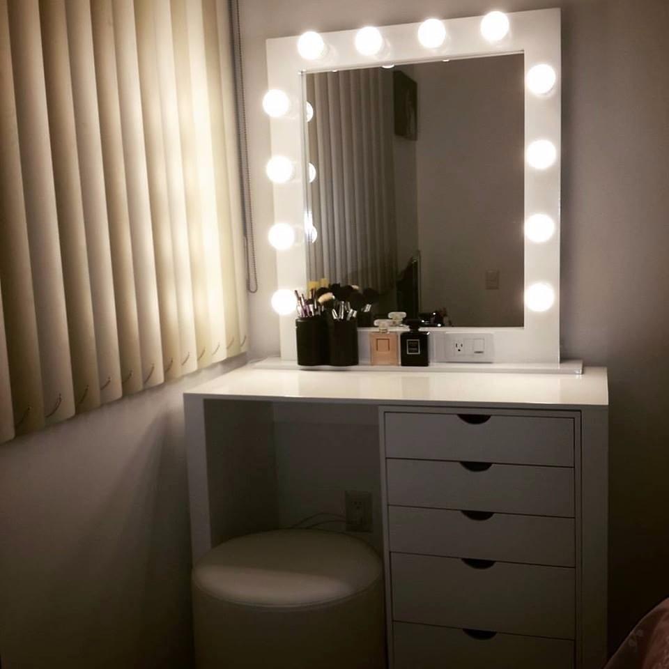 Peinadora de maquillaje con luces mdf bs 0 08 en for Luces camerino