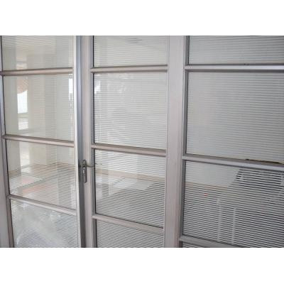 pelicula decorativa para vidrios a rayas blancas