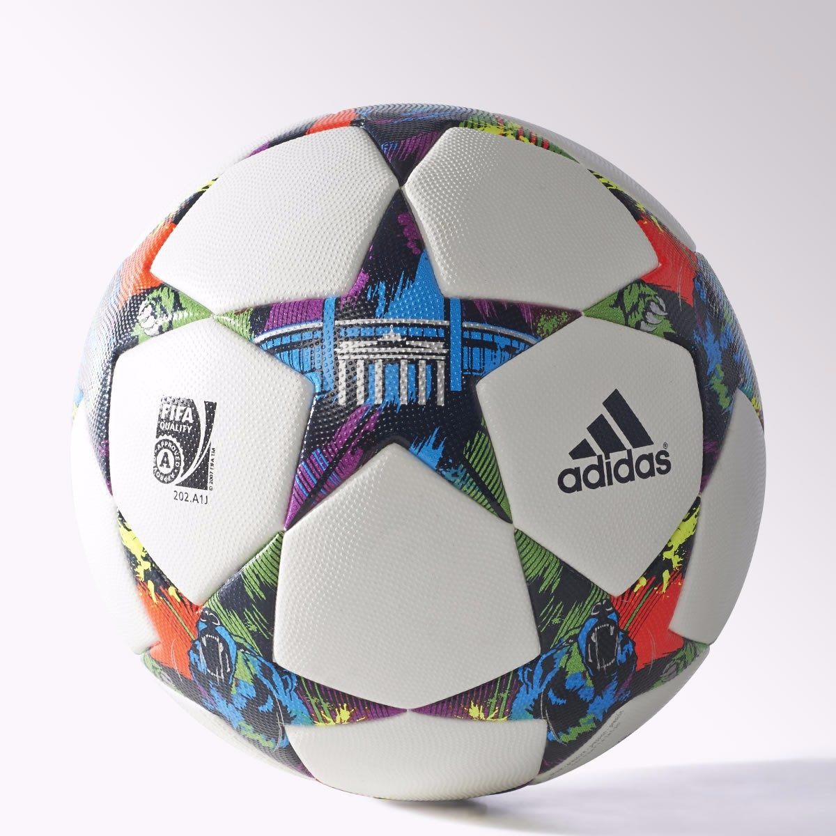 c9533152fe884 Pelota Champions League Final 2015 Berlin adidas Nueva!!! -   3.200 ...
