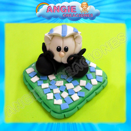 pelota con botines hincha futbol porcelana fria adorno torta