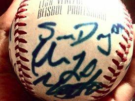 pelota de beisbol. firmada por el magallanes, juegos 2015