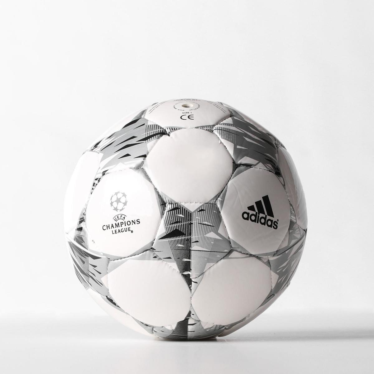 6c726e76c1d1d pelota de futbol adidas nº1 real madrid champions mini. Cargando zoom.