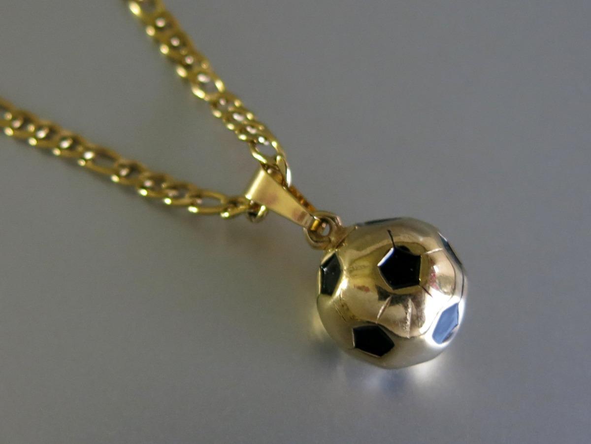 964e173985e8 pelota de futbol en acero quirurgico dorado con cadena. Cargando zoom.