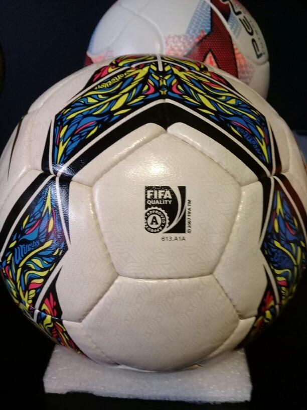acc0a93c5c954 pelota de futsal nike rolinho premier csf profesional nro 4. Cargando zoom.
