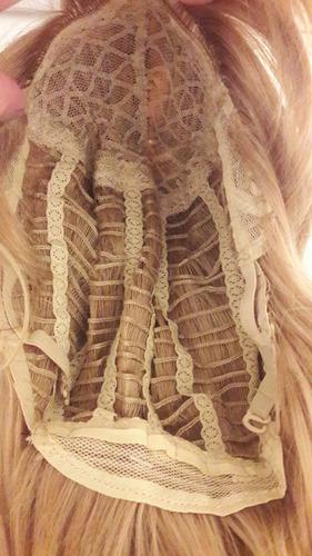 peluca corta con ondas desmechado simil natural rubio
