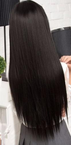 peluca de color negro de aspecto natural y lacia