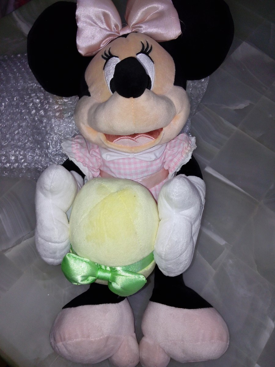 peluche minnie mouse grande con huevo de pascua disney store en mercado libre. Black Bedroom Furniture Sets. Home Design Ideas