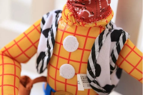 peluche woody toy story 4 35 cm