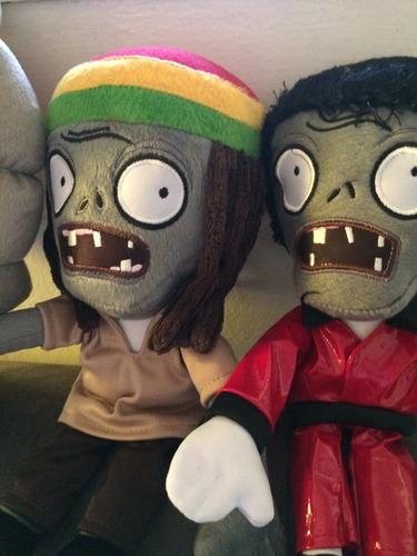 peluches zombies. plantas vs zombies