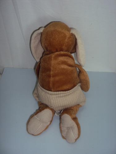pelucia cachorro marrom com short dtc tamanho 29cm