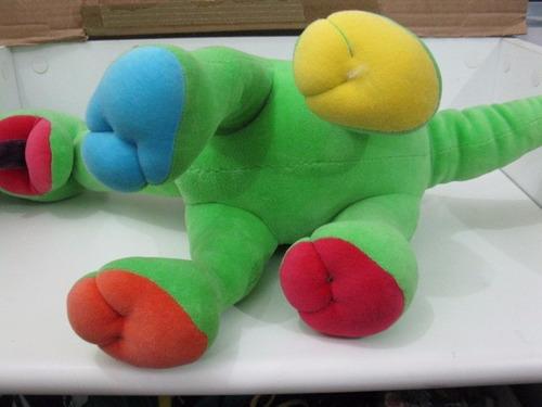 pelucia dinossauro verde 45cm