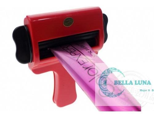 peluquería:  llave de plástico para tubo de tintura