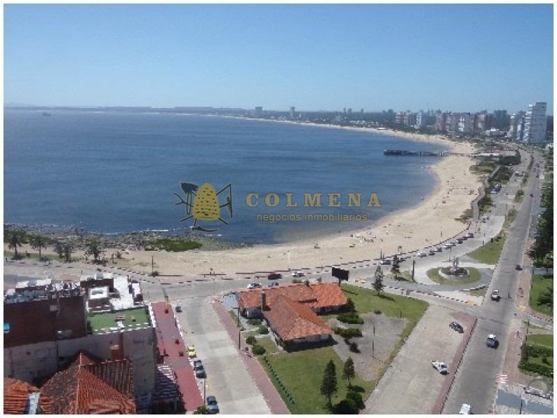 peninsula 3d, 3 baños, balcon cuenta con una excelente vista a playa mansa y brava. consulte!!!!!!-ref:1345