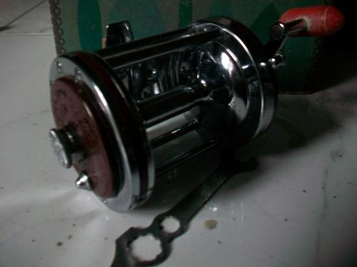 penn squider 140 l carretel a eleccion caja herramienta joya