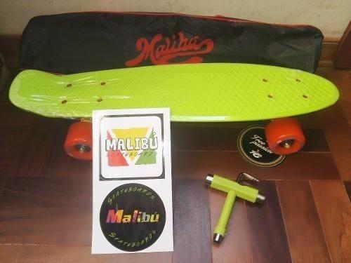 penny 22 pulg.marca malibu+llave t+mochila colores variados