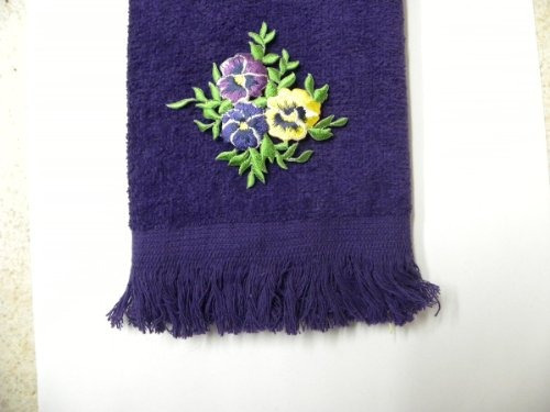 pensamientos púrpuras mano del baño del dedo toalla aplique