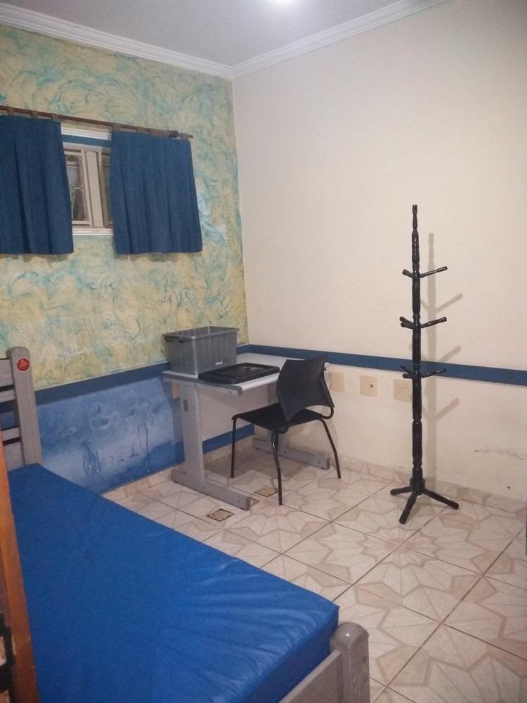 pensão quarto mobiliado para rapazes e moças solteiros