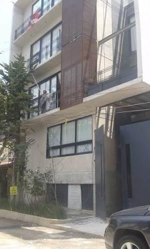 pent house en edificio de 4 pisos a 3 minutos de bosques