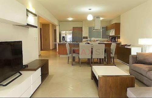 pent house  renta zibata