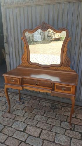 penteadeira madeira provencal/ luis xv antiga