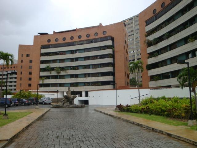 penth house de 4 habitaciones, 5 baños y 3 estacionamientos