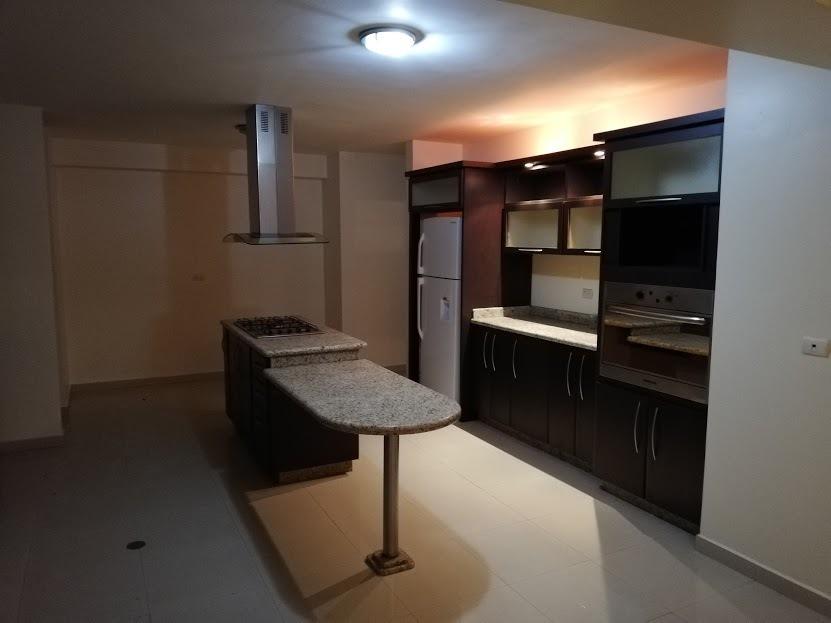 penthouse en los mangos, res. alameda. lgph-006