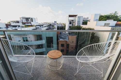 penthouse en venta en el centro de playa del carmen 5ta avenida p3032