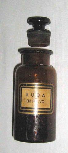 pequeño frasco de farmacia