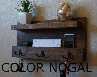 Perchero de madera 2 repisas y ganchos llavero rustico for Ganchos para repisas