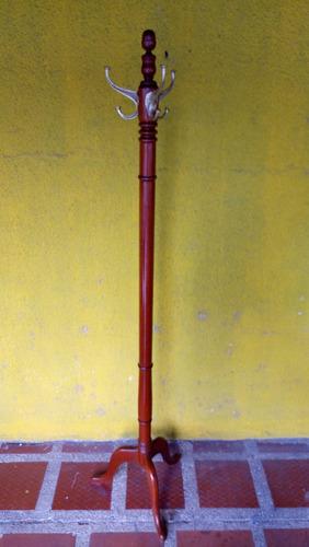 perchero de pie antiguo en cedro y bronce italiano