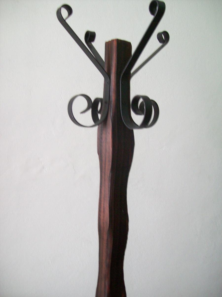Perchero de pie en madera y hierro en mercado - Percheros de hierro ...