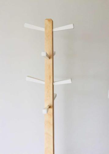 perchero en madera