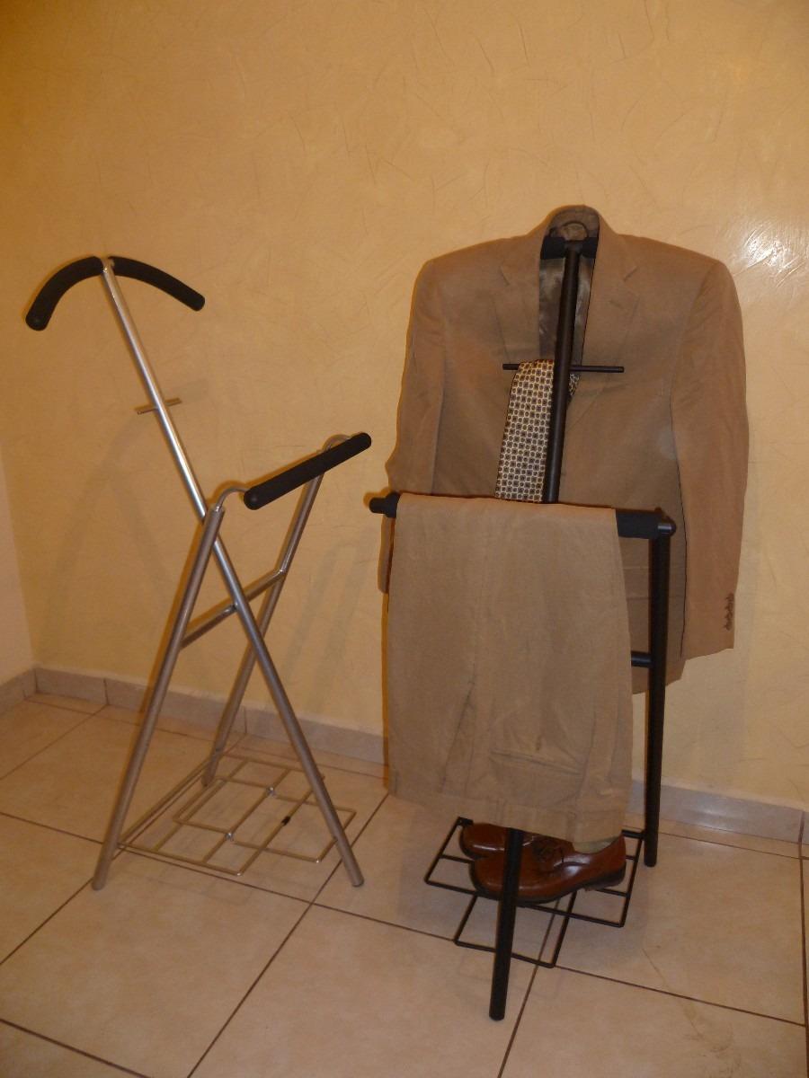 Percheros y valet modernos tubulares de dise o for Percheros de diseno