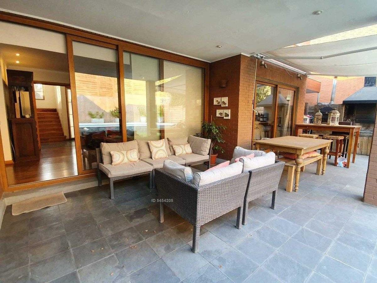 perfecta casa en condominio en san carlos de apoquindo!!!
