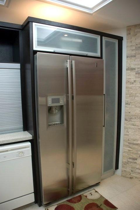 Perfil de aluminio para puertas y muebles modelo f 010 for Zapatera de aluminio