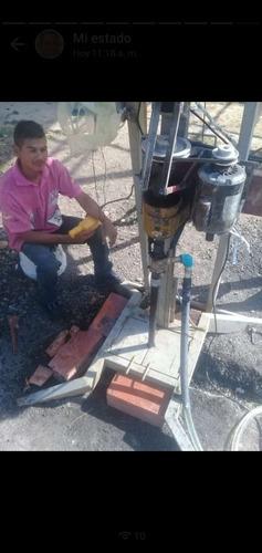 perforación de pozos de agua artesanales