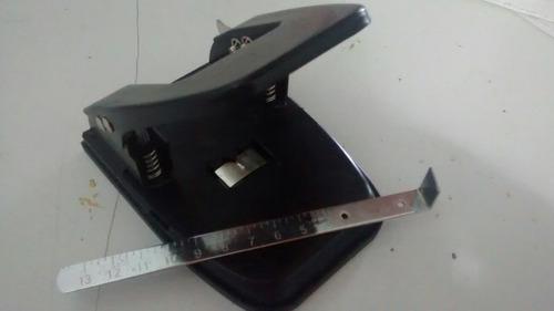 perforadora 2 huecos