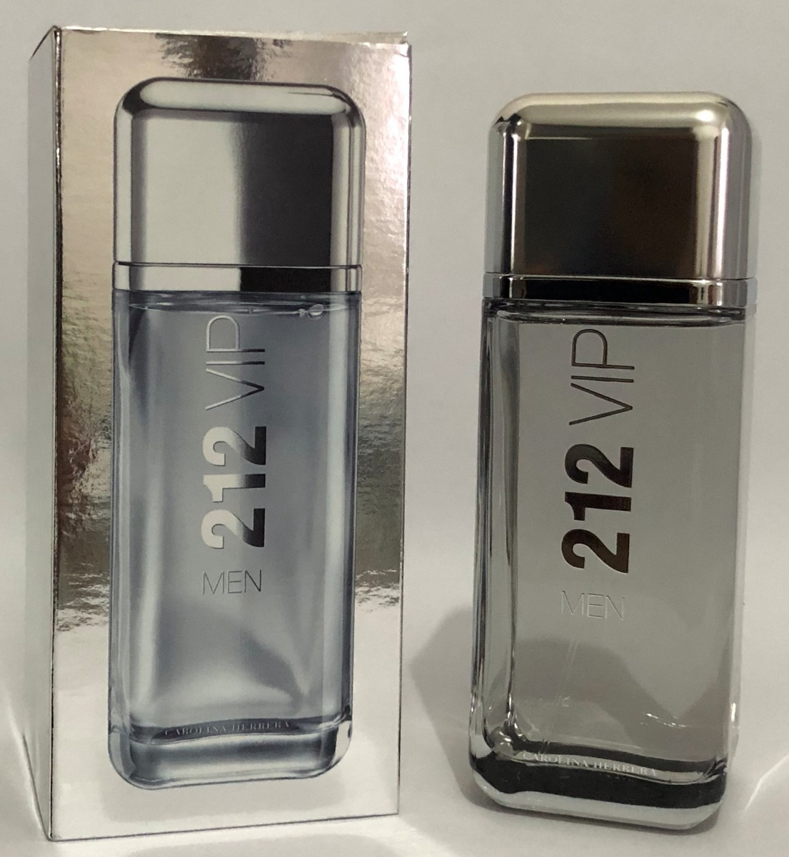 Perfume 212 Vip Men Carolina Herrera 200ml Original - R  399,00 em ... 208cf985d0
