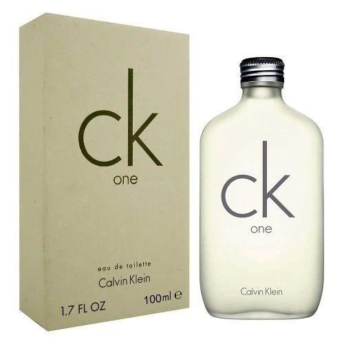 7bad560560 Perfume Calvin Klein Ck One Unissex 100ml - R  230