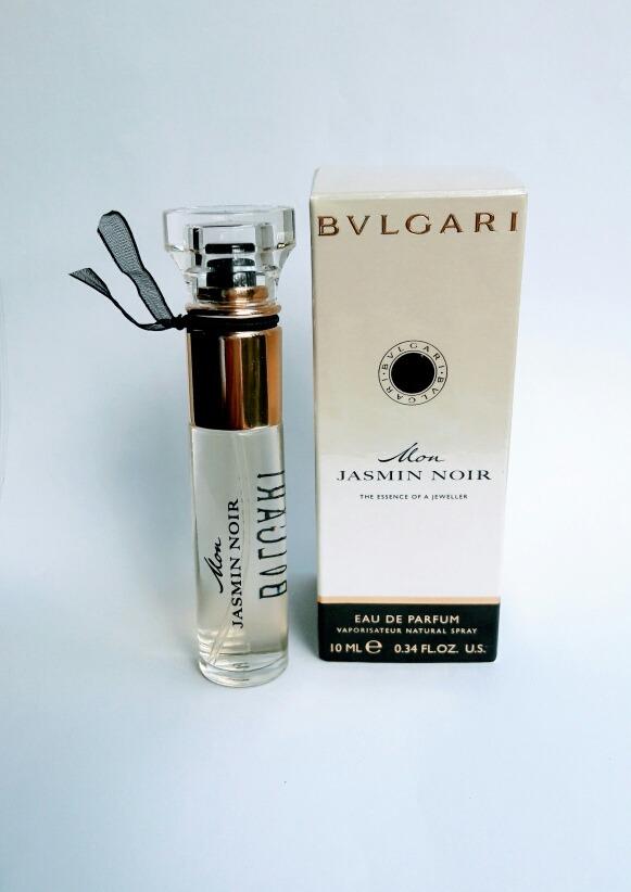 1e92a7e4a42 Características. Marca Bvlgari  Nome do perfume Mon Jasmin Noir  Gênero  Feminino  Tipo de perfume Eau de parfum ...