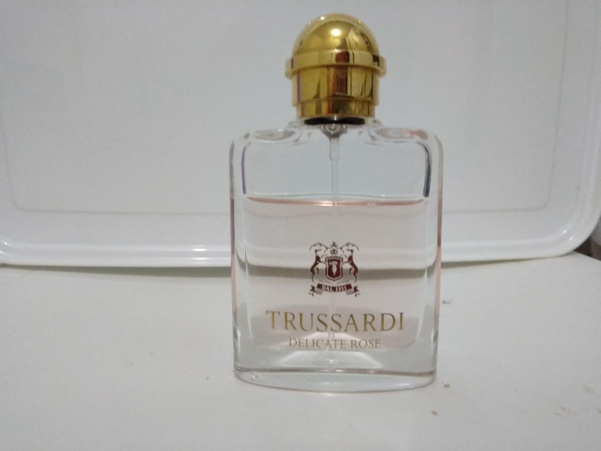 ab0455975f6 perfume trussardi delicate rose trussardi feminino edt 30ml. Carregando  zoom.