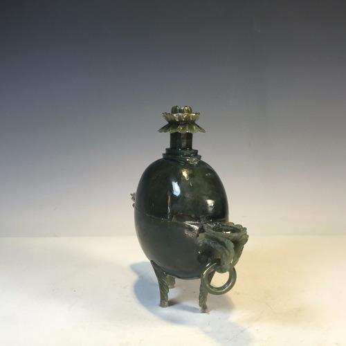 perfumero chino de jade verde tallado a mano con flores