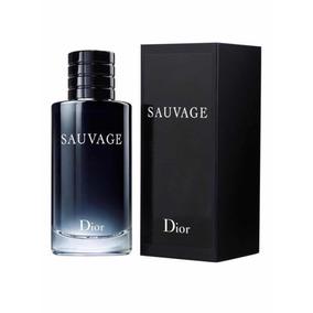 c8ff3dc055 Sauvage Dior - Eau De Toilette - 200ml + Amostra
