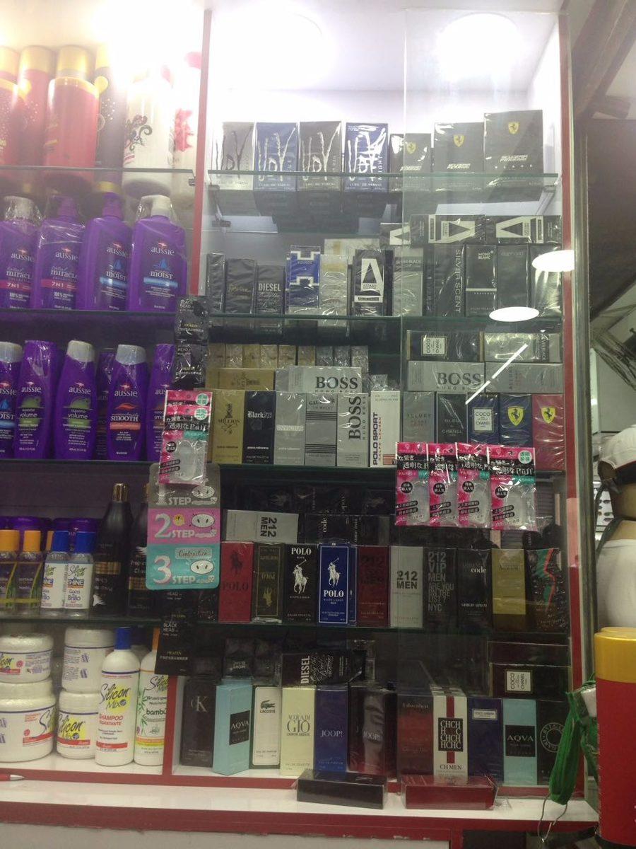 perfumes importados muito barato- 15 unidades promoção. Carregando zoom. 38a7d5330a8