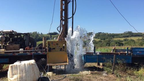 perfuração de poço artesiano com água fácil poços artesianos