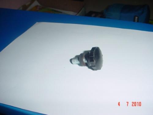 perilla de tapa guantera motos puma 2da. y 4ta. serie