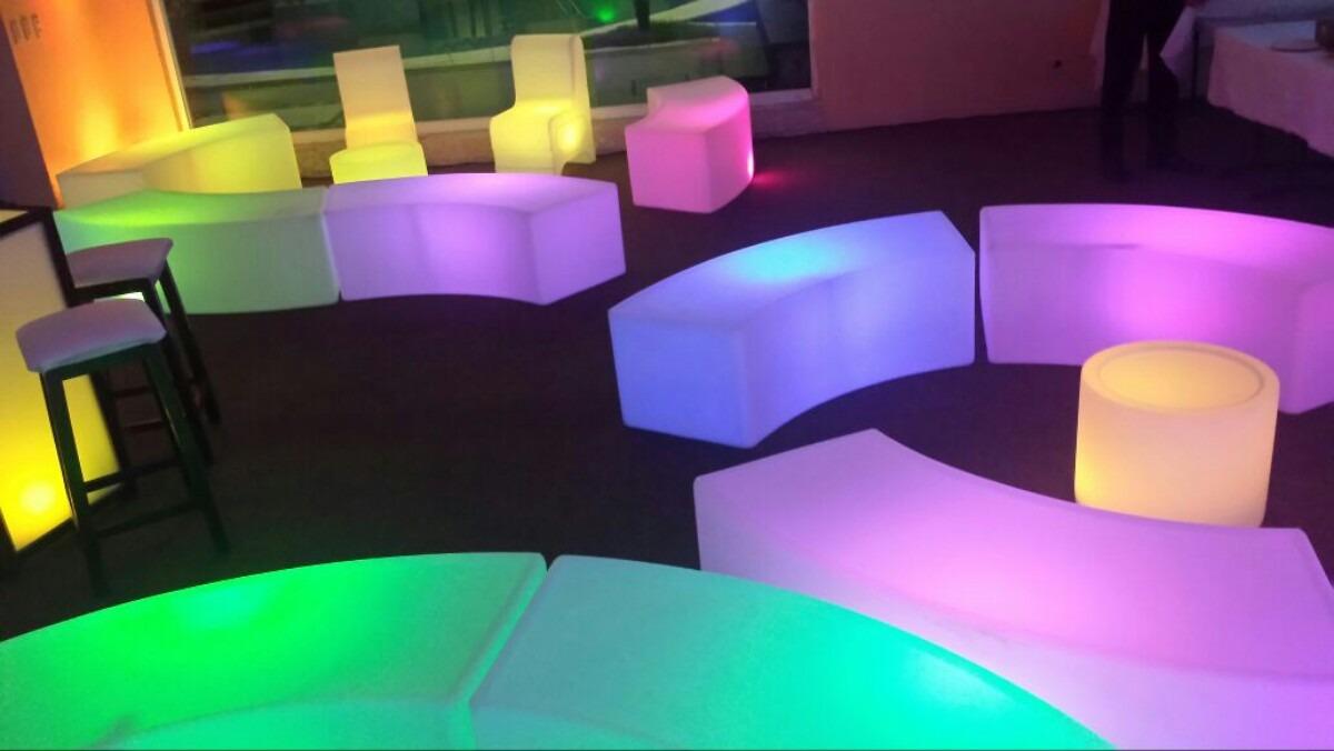 Periqueras iluminadas dj salas lounge pista iluminada for Sillones para bar