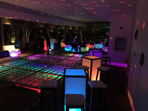 periqueras vintage salas lounge iluminadas