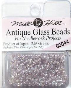 perlas para coser de vidrio crystal lilac 2.5mm mill hill