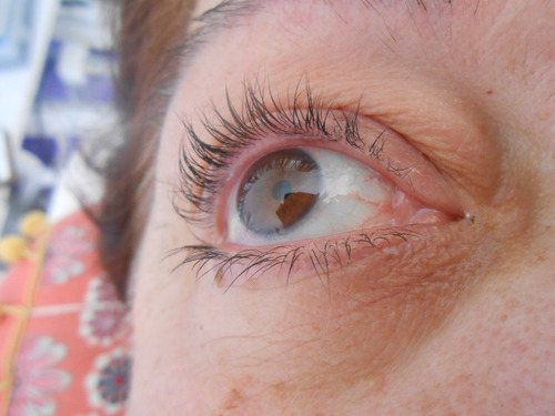 permanente y tintura de pestañas , perfilado de cejas.